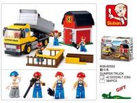 90105 - Stavebnice sklápěcí vůz se stodolou, 384 ks